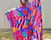 abstract op art vintage kaftan caftan maxi dress cocoon batwing muu muu 1970s groovy psychedelic hippie glamour resort bohemian dress