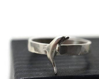Silver Dolphin Ring, Silver Porpoise Ring, Personalized Ocean Lover Gift, Sterling Silver Ring, Engravable Dolphin Jewelry, Sea Charm Ring