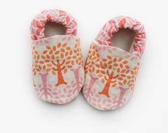 Baby Girl Tree Hugger with Geometric Print Backs 0 3 6 12 18 months Shoes / Booties Eco Friendly Organic Cotton Baby Shoes