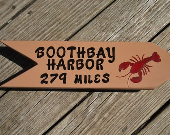 PERSONALIZED LOCATION SIGN, Directional Sign, Arrow, Handpainted Custom Sign, Resort Sign, Beach Sign, Location Sign, Hometown Sign