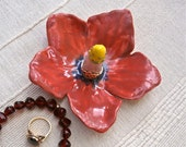 Red hibiscus ring holder - Red flower ring catcher -  Tropical flower ring dish - Handbuilt earthenware jewellery stand