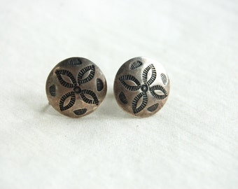 Southwest Screw Back Earrings Vintage Sterling Silver Concho Screwback Conchos Southwestern Jewelry Under 25