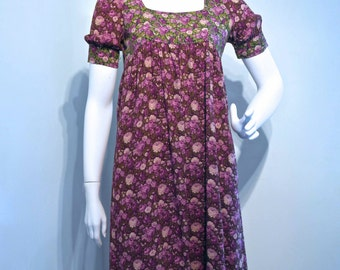 50% OFF Vintage 1960s 1970s Renaissance Regency style PURPLE floral printed dress // Folk Gypsy Boho Hippie
