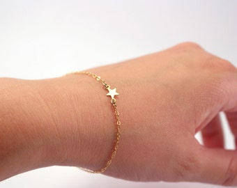 Dainty Gold Star Bracelet, Thin Gold Bracelet, Delicate Gold Bracelet, Gold Chain Bracelet, Simple Subtle 14k Gold Filled Star Jewelry