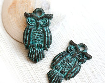 Owl pendant, metal owl charm, Green patina on copper, owl bead, greek beads, Lead Free, 1Pc - F281