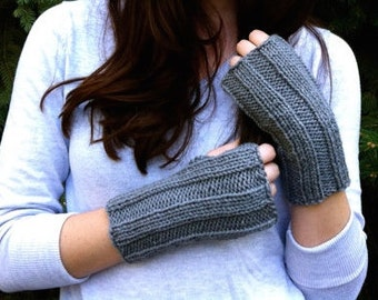 Grey Knit Wrist Warmers Fingereless Gloves, Ribbed Charcoal Grey Mitts | Vegan Yarn