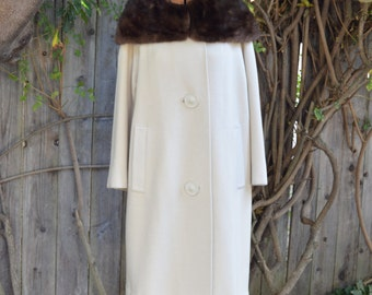 Stunning Vintage Kashvella Cream Wool Evening Coat with Brown Fur Collar