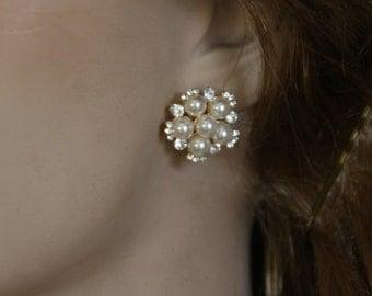 Bridal Pearl Earrings wedding Pearls and Crystals Earrings 1920 s Vintage Ivory pearls Swarovski Rhinestone Crystals Luxe Posts Earrings