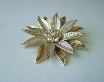 Aurora Borealis Rhinestone Floral Enamel Brooch / Chrysanthemum / 60s Vintage / Jewelry / Jewellery