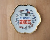 Kitchen Closed Sunday Vintage Wall Plaque Display Plate JAPAN Mid Century