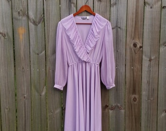 M L Medium Large Vintage 70s 80s Semi-Sheer Chiffon Sleeves Ruffle Neck Pastel Lilac Lavender Elastic Waist V-neck Wrap Bust Day Dress