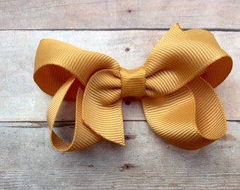 Gold hair bow - 3 inch gold bow, boutique bow, 3 inch bow, hair bows, girls hair bows, toddler bows, baby bows, hair clips, girls bows