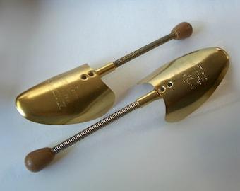 Dunlop Master Golfer Shoe Form Stretcher Made in England Brass