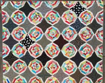 Spiderweb Quilt - quilt thow