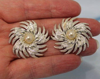Sarah Coventry Silver and Pearl Swirl Clip On Earrings