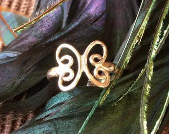 14K Gold Butterfly Swirl Ring (st - 1394)