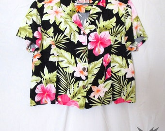 Vintage 1980's Hawaiian Tropical Floral Print Short Sleeved Cropped Blouse Size Medium