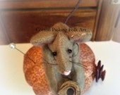 Folk Art Mouse Pin Cushion