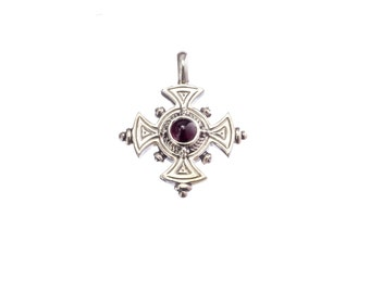 Classic engraved cross in sterling silver with garnet, antique style