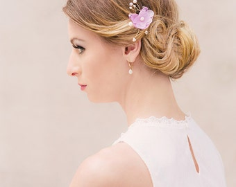 Bridal silk flower geranium Ingrid pearls lilac gold hairpiece