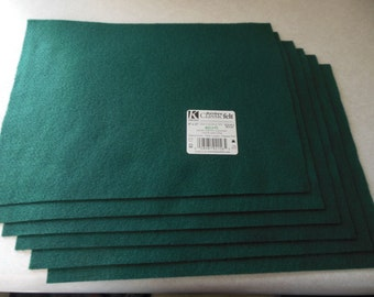 KUNIN Rainbow Classic Felt Six  9x12  Sheets Hunter Green