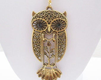 Devil owl necklace