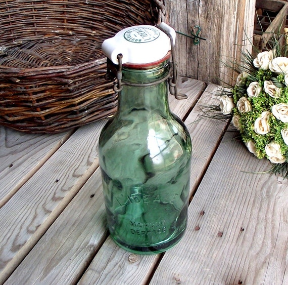 bouteille conserve ancienne l 39 id ale verre vert 1. Black Bedroom Furniture Sets. Home Design Ideas