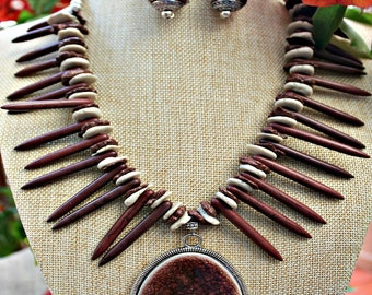 Spiked Brown Stone Necklace set