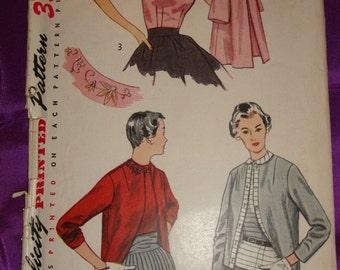 1950s 50s Vintage Top or Overblouse and Jacket with Embroidery Transfer COMPLETE Simplicity Pattern 4216 Bust 32 Inches 81 Metric