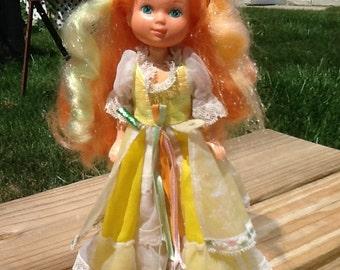 Mattel LADY LOVELYLOCKS Maiden CurlyCrown Doll First Edition
