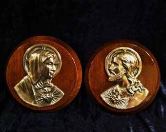 Vintage Wood And Metal Sacred Heart Of Jesus And Mary Wall Plaque Set