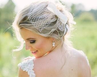 Abigail Bow Veil Fascinator, Bridal Bow Veil, Silk Bow Veil, Wedding Veil, Wedding Fascinator