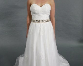 Sweetheart, Crystal Belt, Ivory Wedding Dress, wedding dress bridal gown