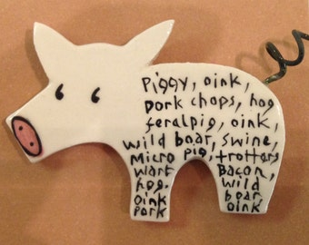 Piggy Brooch with curly tail