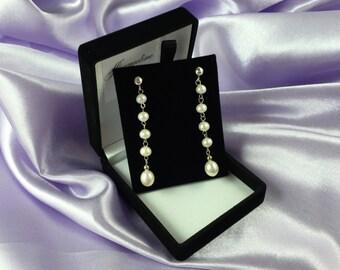 Estrella - Dangling Cultured Freshwater Pearl Earrings