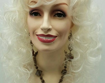 Long 18 inch Platitnum Blonde Curly Dolly Parton Style Wig. Stage Wig. Cosplay Wig. Festival Wig. [07-32-Dolly-613A]