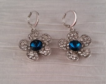 Flower Earrings with Crystal Center
