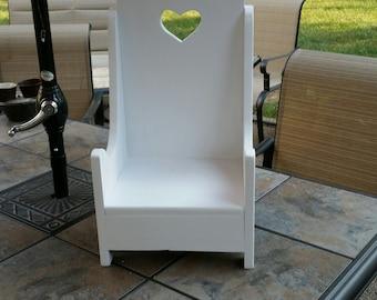 Vintage Pouting Chair