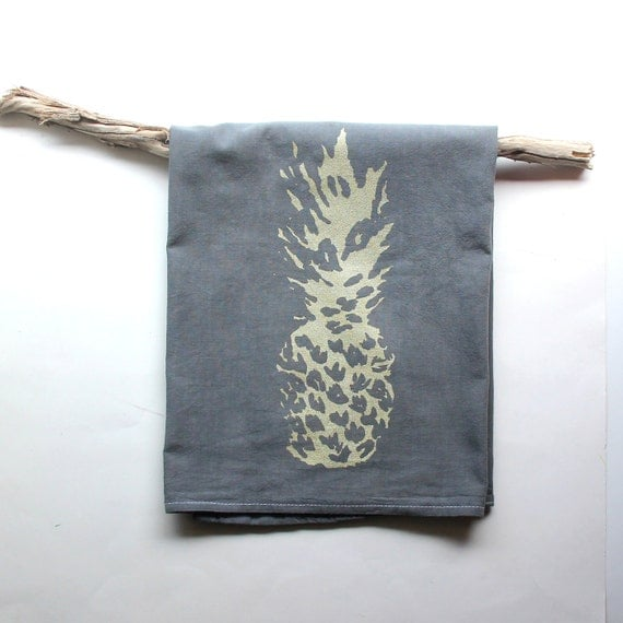 Grey Dish Rags: Gray And Gold Pineapple Dish Towels / Pineapple Tea Towels
