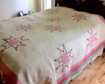 "Queen Size 1930's Vintage Feathered Star Queen Size Quilt with Heavy Hand Quilting 93 1/2"" x 102"""