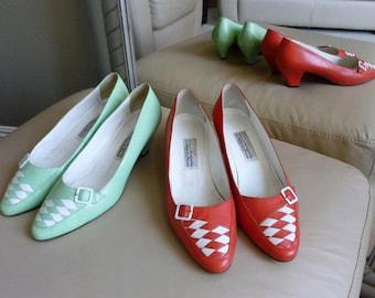 1980s Vintage Coral Red or Pistachio Green Kitten Heels, White Buckle and Accent, Italian, Antonio da Pescara, Creazioni by Arabella, sz 10M
