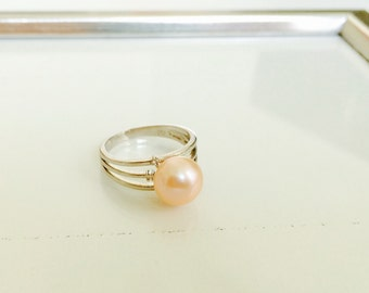 Peach pearl sterling silver ring - natural freshwater pearl ring - pearl ring - gift for her - elegant pearl ring
