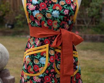 NEW - Apron - Vintage Style - Feista