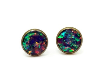 Holographic earrings / stud earrings / colorful jewelry / bronze earrings / holographic jewelry / brass jewelry / sparkle earrings