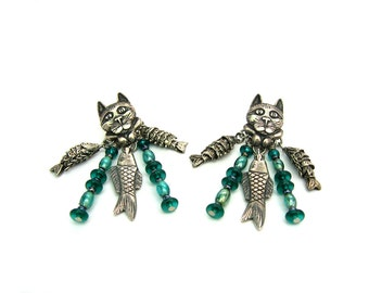 Cat Earrings. Cat Face & Paws w/ Articulated Fish Charms. Dangle Earrings. Teal Glass Beads. 3 D Pierced. 1980s Vintage Jewelry.