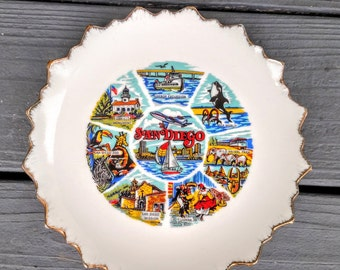 San Diego California USA Starburst Souvenir Plate Vintage Collector's Plate w/ Gold Trim, Home Decor, Great for Entryway Decor Key Catcher