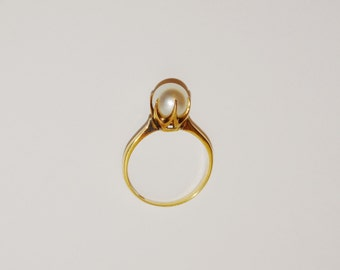 Victorian 18k Yellow Gold Pearl 6.5 Ring.