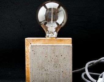 "Industrial concrete table wood lamp, Industrial lamp, Desk lamp, Edison lamp, Concrete light, Table lamp, Edison bulb, ""Concrete cube I"""
