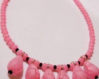Pink neon beads necklace