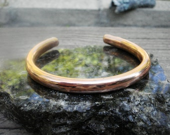 Hollow Copper  Bangle and Cuff Bracelet. 4.5mm Wide.